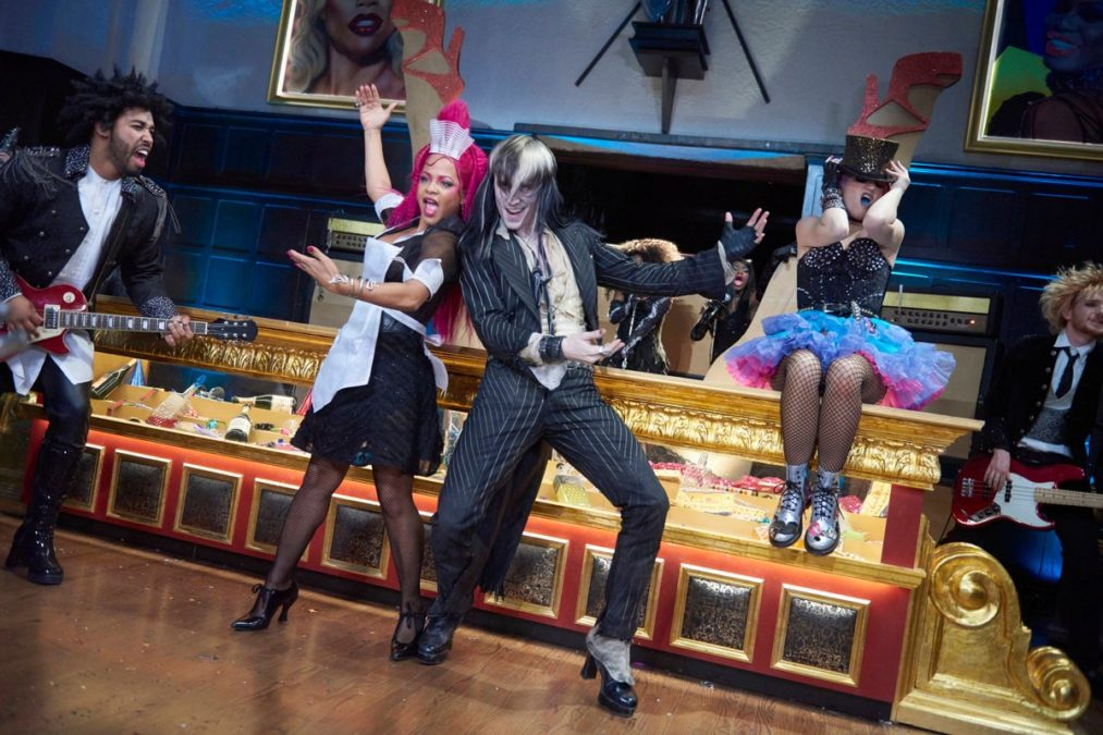 Rocky Horror Picture Show - FOX - photo - Steve Wilkie/FOX - 10/16