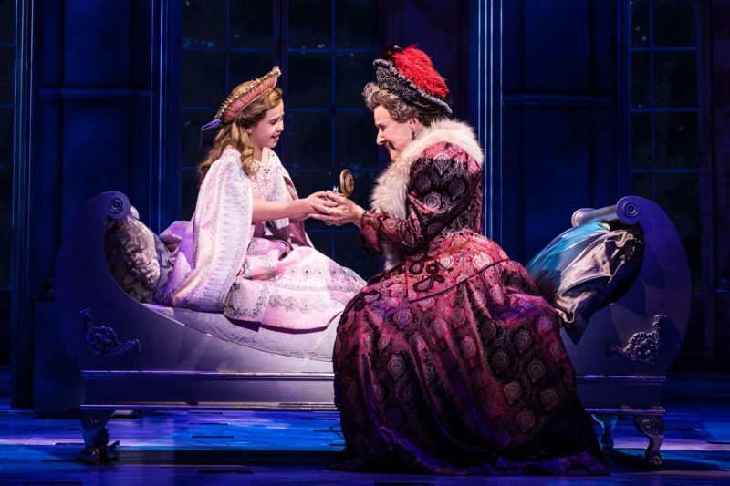 1-Victoria-Bingham-Little-Anastasia-and-Joy-Franz-Dowager-Empress-in-the-National-Tour-of-ANASTASIA.-Photo-by-Evan-Zimmerman-MurphyMade.-800x533
